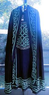 ritual cloak celtic knot cloak black and green celtic knot ritual robe