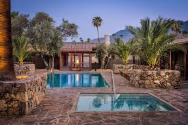 Midcentury Modernism - in palm springs a refreshingly rustic alternative to midcentury