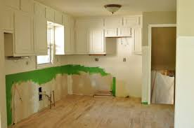 how to level kitchen base cabinets my complete kitchen remodel story for about 12000 jennifer split