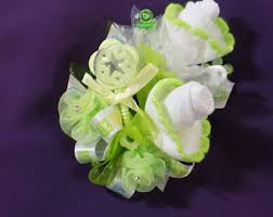 Baby Sock Corsage Baby Socks Corsage Mother To Be Pin On Or Wrist Corsage