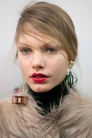 mismatched earrings trend mismatched earrings the in jewelry trends fashion