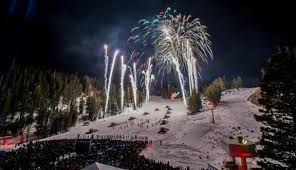 mammoth night of lights mammoth s night of lights is a glimmering way to enjoy the holidays