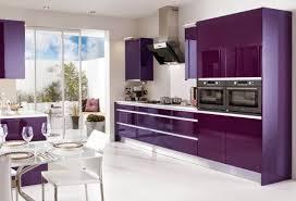 cuisine lavande cuisine couleur prune amazing decoration cuisine mur mur d armoire