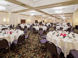 crowne plaza grand rapids airport hotel meeting rooms for rent