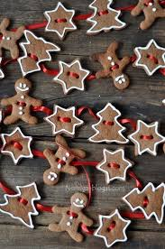 15 Real And Faux Gingerbread Decorations For Christmas Shelterness