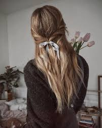 hair ribbons hairstyles you can pull with the help of ribbons