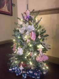 theme christmas tree 65 out of the box christmas tree themes you must check out