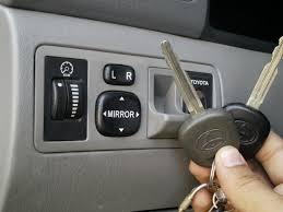 lexus gs300 keys locked in trunk toyota master key u0026 valet key difference youtube