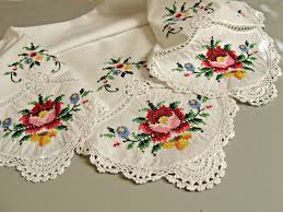 vintage tablecloth handmade cross stitch crochet edging and handmade cross stitch crochet edging and insertion lace square scallops flowers cottage home decor