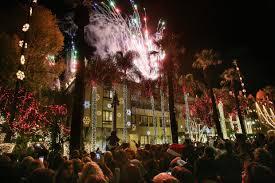 downtown riverside festival of lights riverside festival of lights thrills crowds at mission inn press