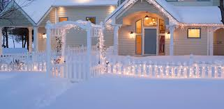 White Icicle Lights Outdoor Outdoor Yard Decorating Ideas