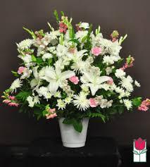 florist honolulu funeral flowers honolulu hff keahi sympathy arrangement honolulu hi