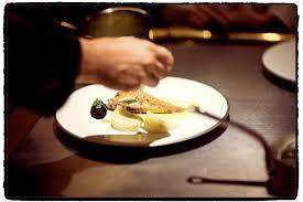 stage en cuisine gastronomique l expérience d un stagiaire en cuisine dans un restaurant étoilé