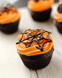 Cup Cakes Halloween by Leanne Bakes Halloween Cupcakes