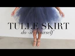 how to make tulle skirt diy tulle skirt your inner carrie bradshaw will thank you