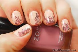 how to create flowers nail art using the needle drag nail art
