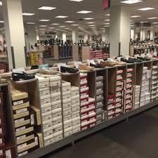 designer shoe outlet dsw designer shoe warehouse 35 photos 46 reviews shoe stores