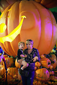 mickey u0027s halloween party at disneyland u2013 this mom u0027s gonna snap