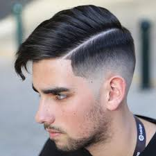 skin fade comb over hairstyle men s short haircuts 2018 men s hairstyles haircuts 2018
