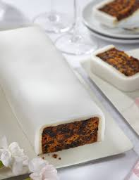 wedding cutting bar cake fruit with white icing gluten free m u0026s