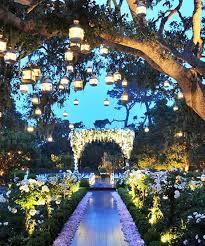 Wedding Entrance Backdrop Best 25 Wedding Walkway Ideas On Pinterest Backyard Wedding