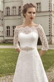 half lace wedding dress royal lace bridal gowns 2018 half sleeve a line wedding dress