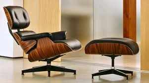 Armchair And Ottoman How It U0027s Made Eames Lounge Chair And Ottoman Video Freshome Com