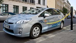 toyota prius leases toyota and edf energy launch uk prius in hybrid vehicle