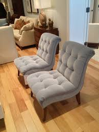 furniture outstanfing tufted armless chair for comfortable