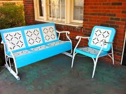 Retro Patio Umbrella by Furniture Retro Metal Patio Chairs Surrounding Table With Patio