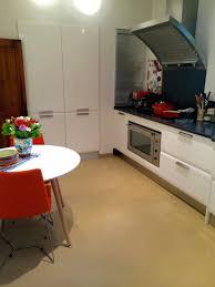 cuisine sienne design d intérieur beton sol cuisine de en bacton cirac par bcc