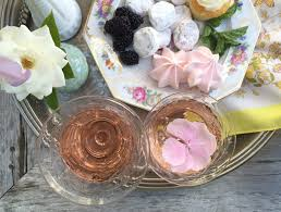 ring in 2017 with a sweet and chic cakes u0026 cocktails party