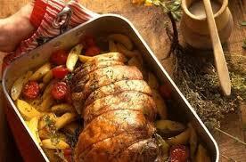 cuisiner un gigot d agneau au four gigot d agneau à la provençale pistou et pommes de terre