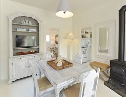small cottage with coastal white interiors home bunch u2013 interior