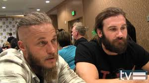 travis fimmel hair for vikings vikings season 2 travis fimmel clive standen interview youtube