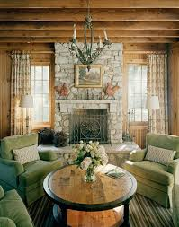 Lake Home Interiors by Best 25 Lake House Family Room Ideas On Pinterest Lake House