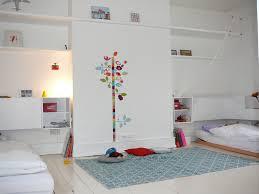 modele chambre enfant ide dco chambre bb mixte stylish kasanga couleur de peinture pour