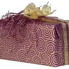 can you pack wrapped presents in your luggage when traveling by