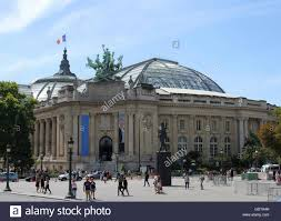 front right corner of the grand palais with quadriga statue of