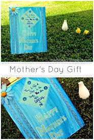 Cute Homemade Mothers Day Gifts by Craftionary
