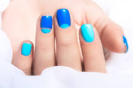 pros and cons of shellac and uv gel manicures
