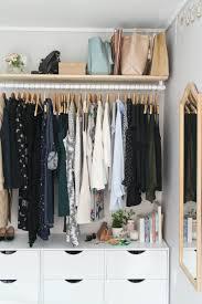 support vetement chambre porte vêtement penderie et armoire grillagée les rangements tout