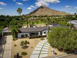 luxury golf estate on phoenician resort walking distance to old