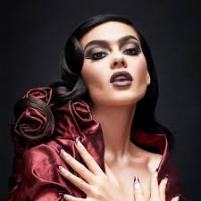 Professional Makeup Schools Professional Make Up Courses Illamasqua Make Up