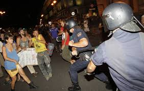 Carga policial Manifestasción laica 17 de agosto