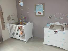 préparer la chambre de bébé la chambre de bebe quand commencer a faire la chambre de bebe