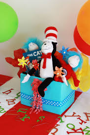 12 best dr seuss bedroom images on pinterest dr suess toddler cat in the hat centerpiece