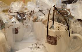 rustic wedding favor ideas wedding 2e9e9e99b865059cbfd43e394383754f wedding dresses lace