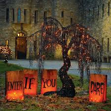 100 outdoor halloween decoration ideas you should diy this year