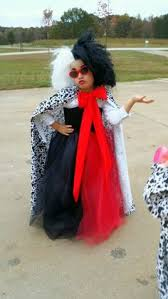 Dalmatian Halloween Costume Toddler Coolest Homemade 101 Dalmatians Cruella Deville Costume Ideas
